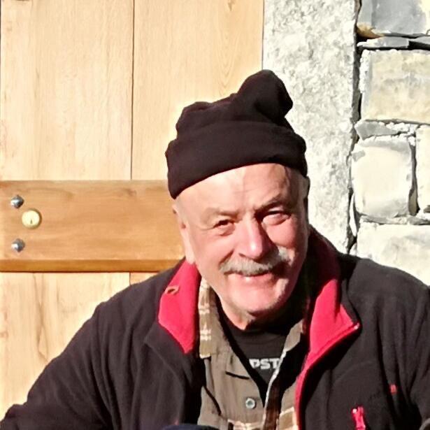 I cinghialai della squadra 1 di Como donano 8mila euro all'Ospedale Valduce in ricordo dell'amico Donato Bartesaghi